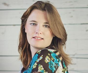 Yvonne Ufkes - Vega Lifestyle Magazine
