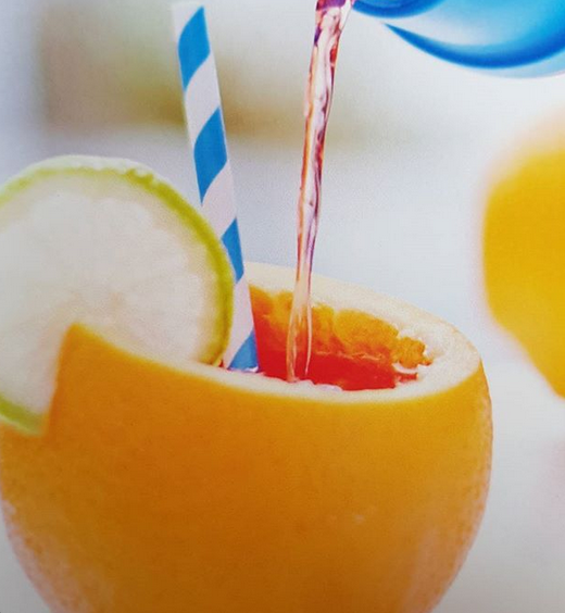 vegan zomer cocktail – zomer cocktail – vegan cocktail – veganistische cocktails – veganistische zomer cocktails – vegan alcohol – vegan coctails – vegan magazine – vega glossy – vegan tijdschrift – veganistisch tijdschrift – veganistisch magazine