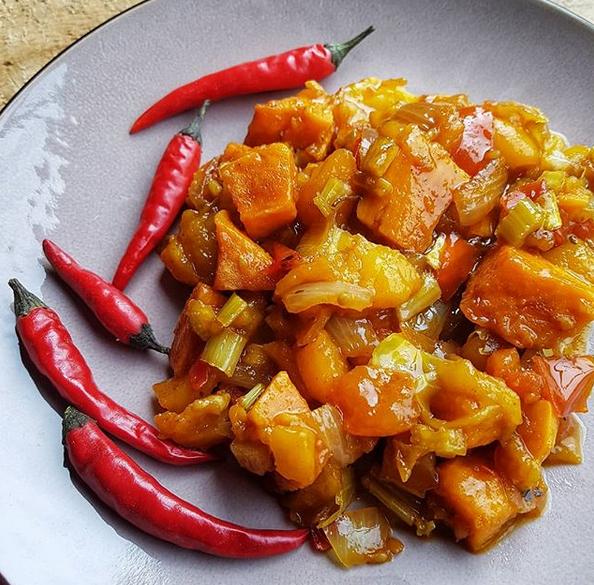Pittige vegan zoete aardappel groente receptpotje - vegan - veganistisch - vegan food - vegan recepten - veganistisch eten