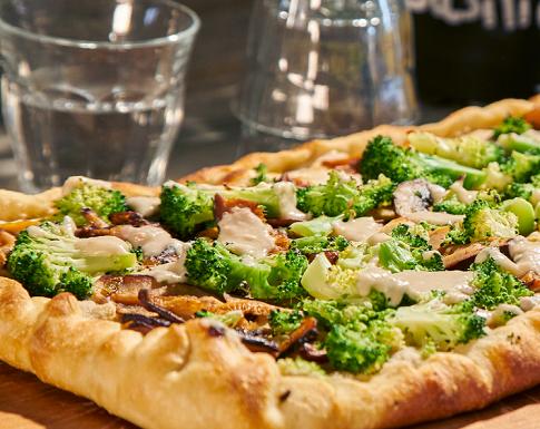 Vega Lifestyle Magazine - vegan pizza recept - vegan tijdschrift