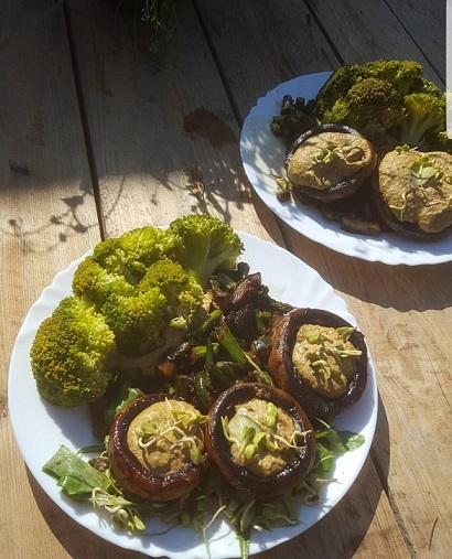 Gevulde champignons met paardenbloem een super lekker recept