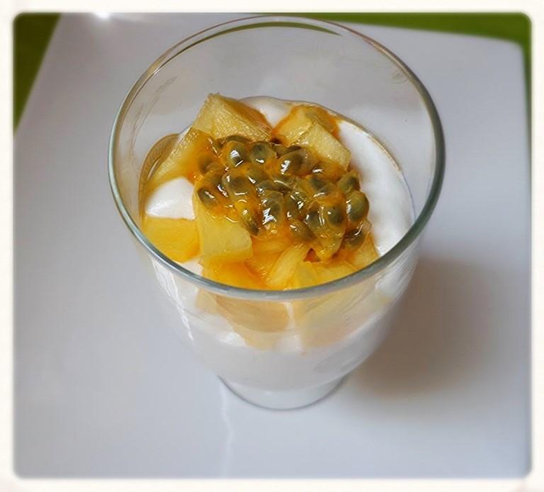 Vegan Yofucrème met fruit - vegan recept - vega recept