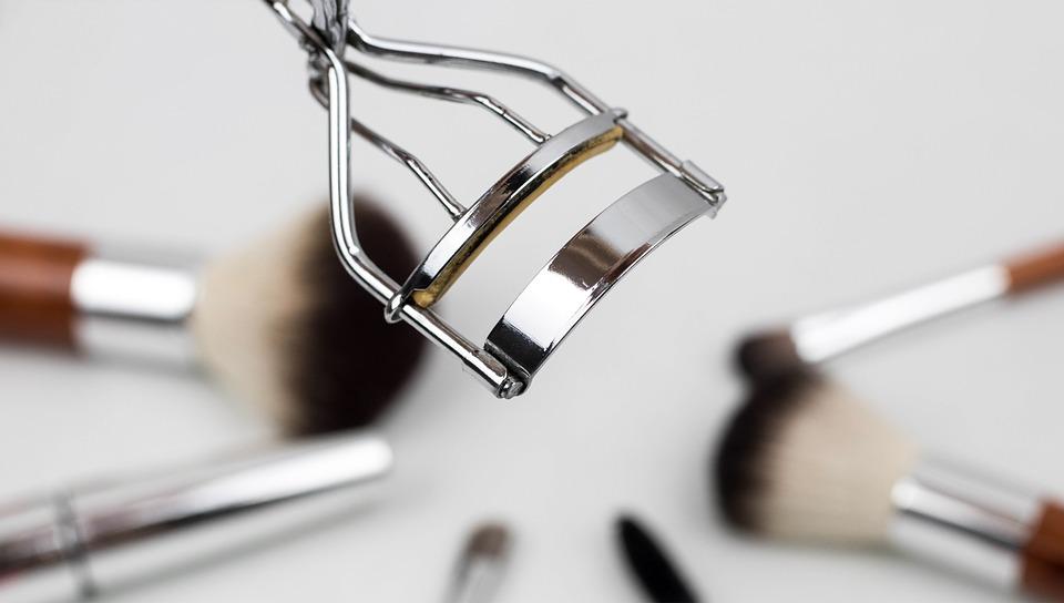 wimpers krullen - wimperkrultang - hoe krul ik mijn wimpers - mascara - wimpers - beauty