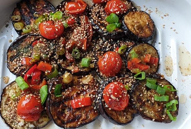 vegan barbecue - aubergine schotel - vegan schotel