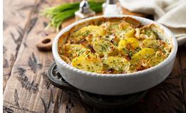 vegan aardappelgratin - aardappelgratin - aardappelgratin met vegan spekjes - tapas gerecht - vegan aardappelschotel - vegan paasbrunch - vegan kerstdiner
