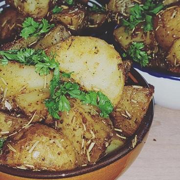 aardappels uit de oven - gebakken aardappels - aardappels met schil