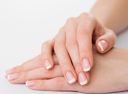 wat zijn broze nagels - vegan nagelverzorging - splijtende nagels - ingescheurde nagel - probleem nagels