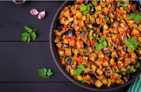 aubergine stoofpot - vegan stoofpot - aubergine kikkererwtenstoofpot - veganistische stoofpot - vegan maaltijd - veganistische maaltijd