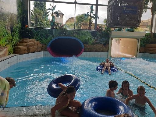 Zwemplezier - wildwaterbaan - zwemmen