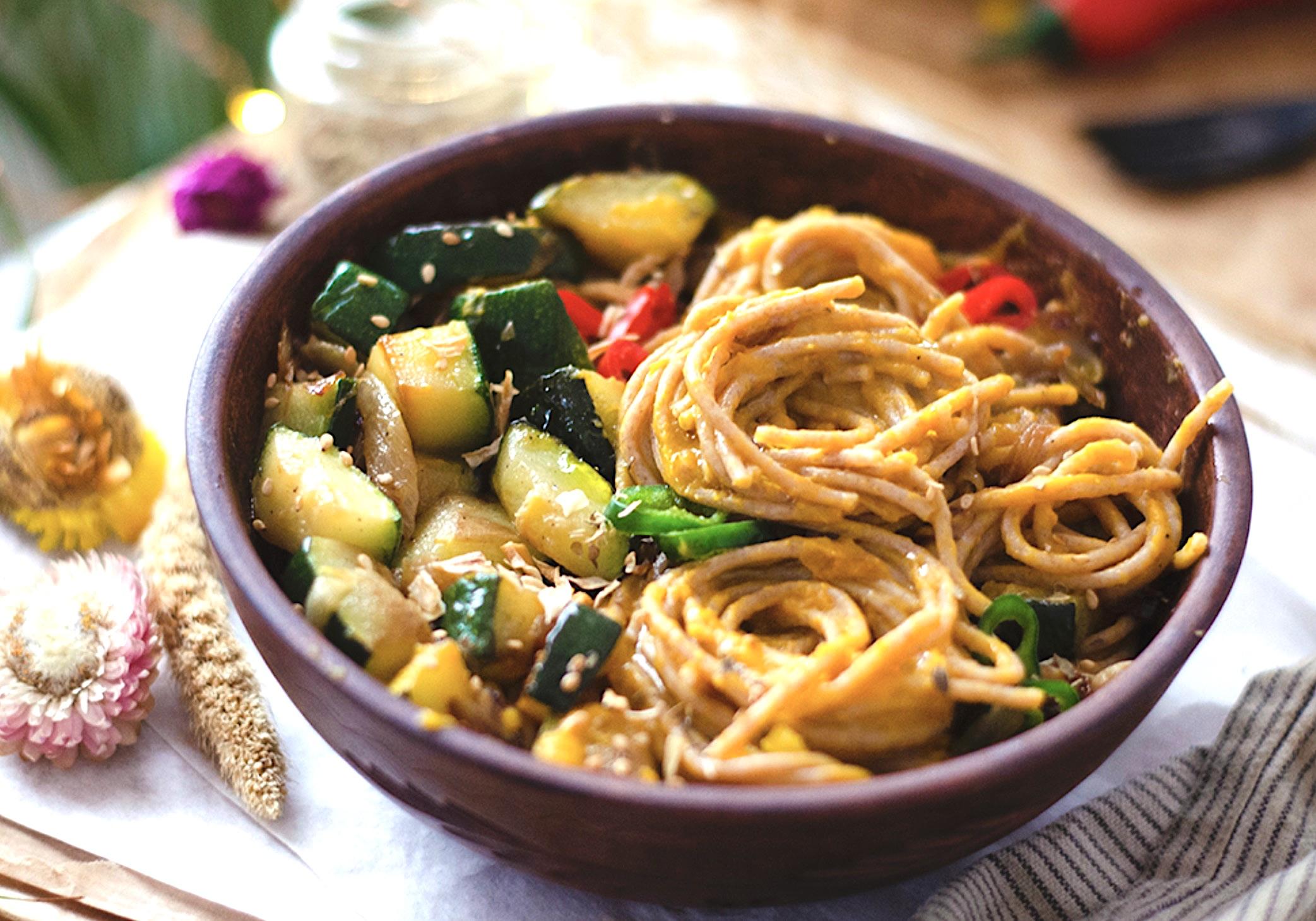 zoete aardappel pasta met lekkere saus - vegan zoete aardappel pasta