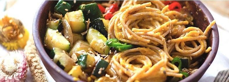 vegan pasta ,met zoete aardappel saus