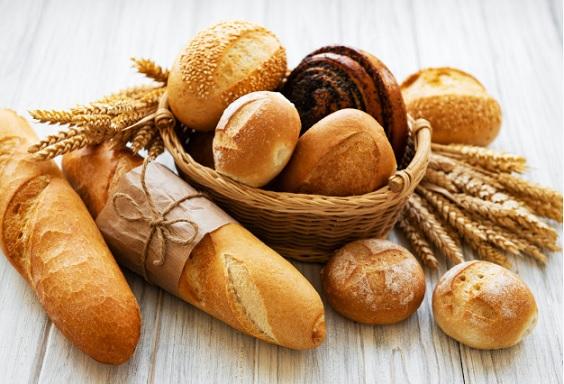 is brood eigenlijk vegan? Waar moet ik op letten als ik brood koop