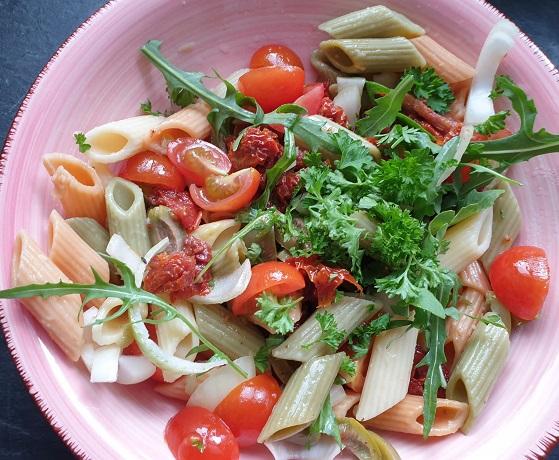 vegan pastasalade lekker voor bij de barbecue