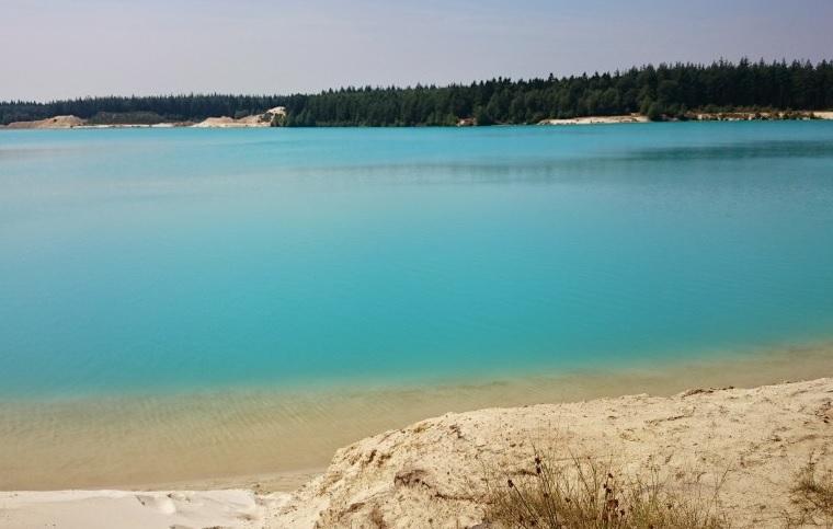 Reizen, Zwemplassen t-Nije-Hemelriek